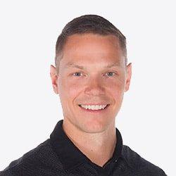 Chiropractor Vernon BC Elliot Lysyk